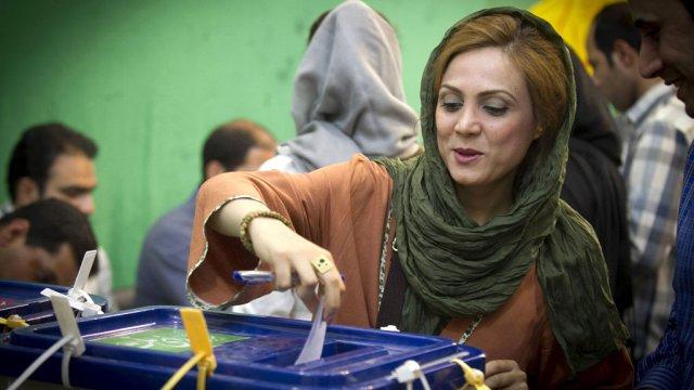 2016 İran seçimlerinde rota batıyı gösteriyor