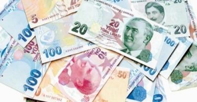 Türk Lirası Politik Gelişmeler Nedeniyle Değer Kaybetmeye Devam Ediyor