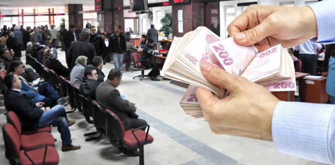 Bin 300 TL'nin Altında Maaş Alana Asgari Geçim İndirimi Desteği